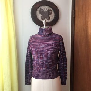 Adorable VTG Cropped Ribbed Turtle Neck Sweater